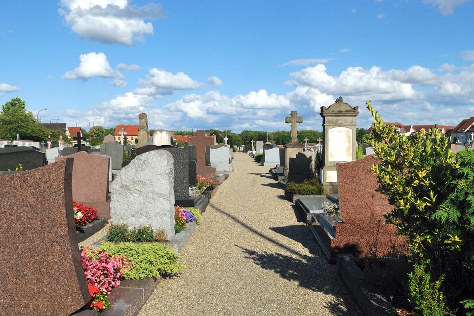 Ouverture des cimetières à Illkirch