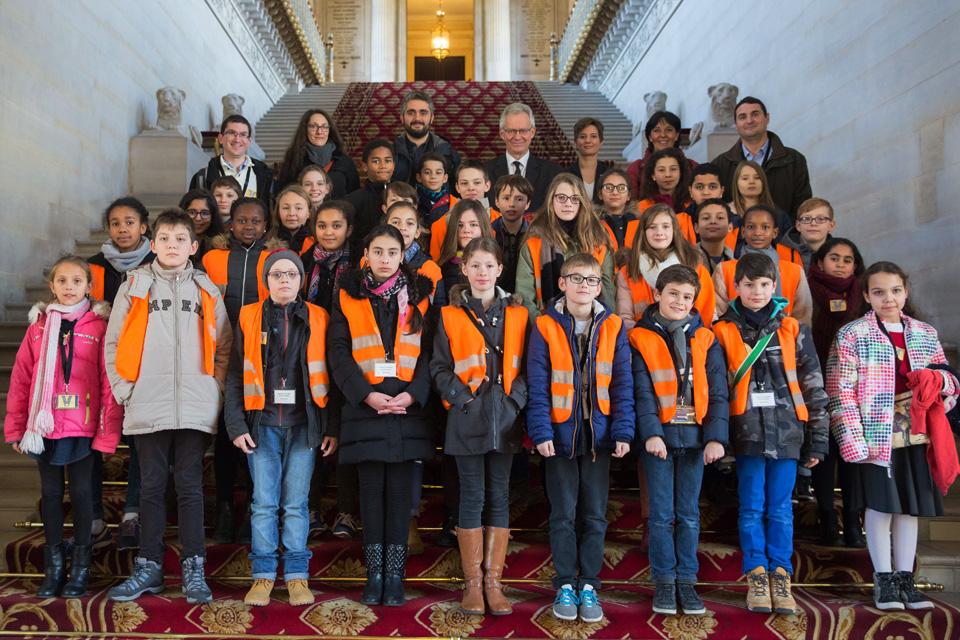 Conseil Municipal des Enfants d'Illkirch-Graffenstaden au Sénat de Paris