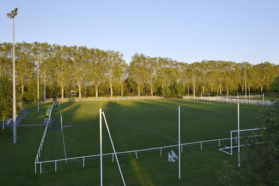 Zone sportive Schweitzer : Nouveau terrain de football synthétique